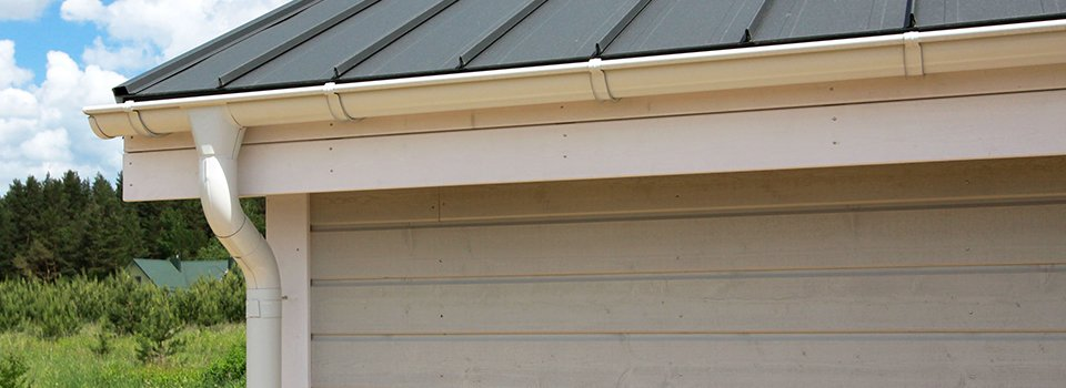 Siding and gutter repair