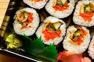 Honolulu, HI - Fukuya Deli - Japanese deli, catering, funeral catering